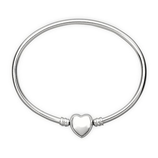 Chamilia sterling silver medium oval bangle with heart snap - Product number 1605089