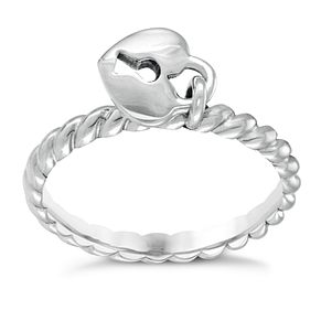 Chamilia Heart Lock Ring Small - Product number 3932834