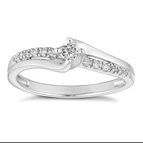 18ct White Gold 0.15ct Diamond Solitaire Ring - Product number 4662865