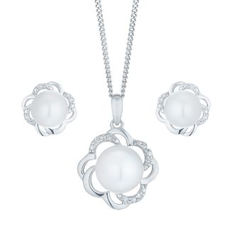 9ct White Gold Cultured Freshwater Pearl Diamond Flower Set - Product number 6074901