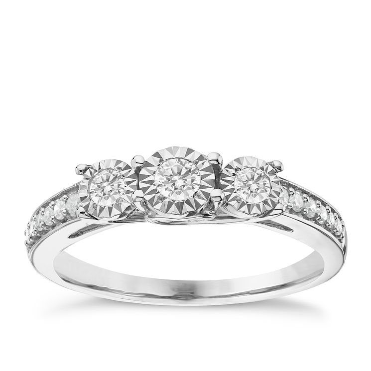 9ct White Gold 0.25ct Illusion Set 3 Stone Diamond Ring - Product number 6365019