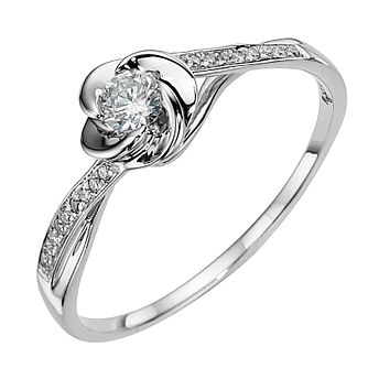 9ct white gold flower 0.20ct diamond solitaire ring - Product number 8649642