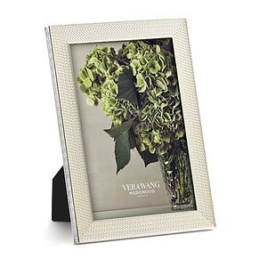 Vera Wang & Wedgwood Silver Plated Noveau Pearl Frame - Product number 9435255
