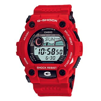Casio G-Shock Men's Red Rubber Strap Watch - Product number 1039393