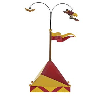 Harry Potter Village Chasing The Snitch Figurine - Product number 1754963