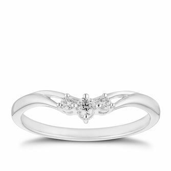 9ct White Gold 1/10ct Diamond Three Stone Ring - Product number 2927012