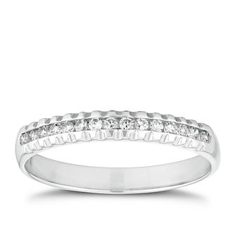 18ct White Gold 1/10ct Diamond Ridged Edge Ring - Product number 2932547