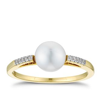 9ct Yellow Gold CZ Cultured Freshwater Pearl Ring - Product number 3280926