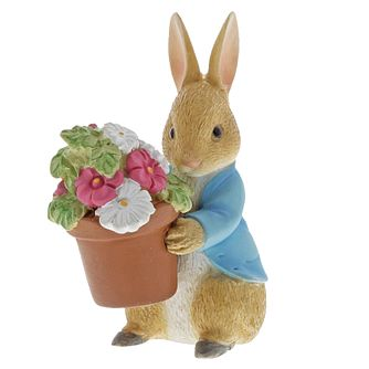 Peter Rabbit Brings Flowers Figurine - Product number 3397262