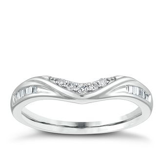 9ct White Gold 0.12ct Diamond Shaped Wedding Ring - Product number 4146565