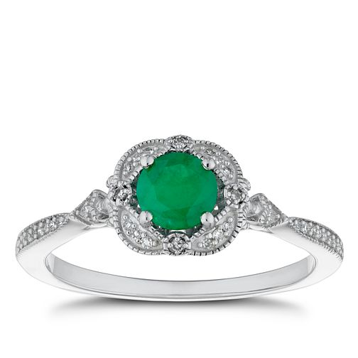 9ct White Gold Diamond & Emerald Fancy Ring - Product number 4276760