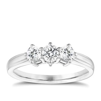 18ct white gold 3/4ct diamond three stone ring - Product number 4336968