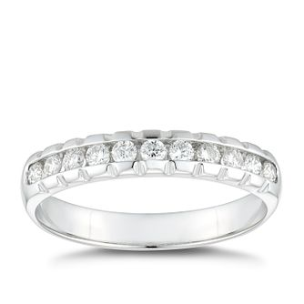18ct White Gold 0.25ct Diamond Square Edge Wedding Ring - Product number 4636120