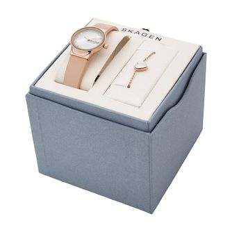 Skagen Mother of Pearl Pink Watch & Bracelet Gift Set - Product number 4852400