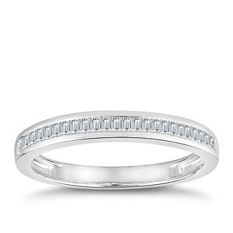 18ct White Gold 1/5ct Diamond Baguette Channel Set Ring - Product number 4920309