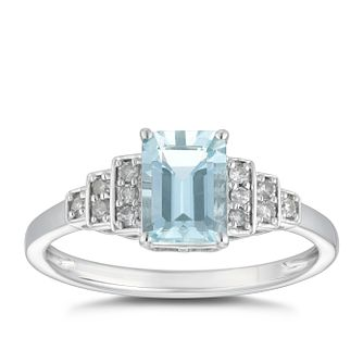 9ct White Gold & Aquamarine 0.12ct Diamond ring - Product number 5034442