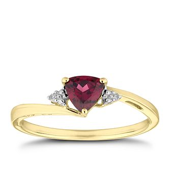 9ct Yellow Gold Diamond & Trillion-Cut Garnet Ring - Product number 5964741