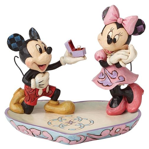 Disney Traditions A Magical Moment Mickey & Minnie Figurine - Product number 6017681