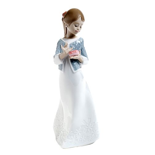 Nao Porcelain A Gift From The Heart Figurine - Product number 6318762