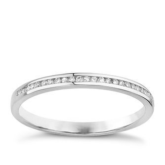 18ct White Gold Channel Set 0.10ct Diamond Ring - Product number 8131759