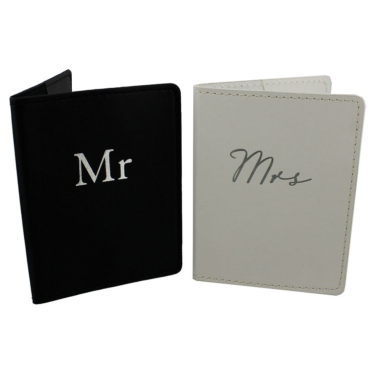 Amore Mr and Mrs Passport Covers Set